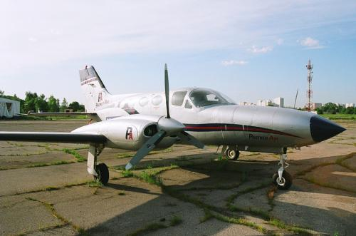 /userfiles/image/light/cessna425.jpg